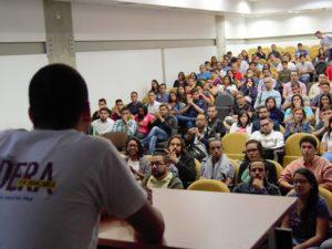 Más de 200 seleccionados asistieron a la sesión introductoria de Lidera 8