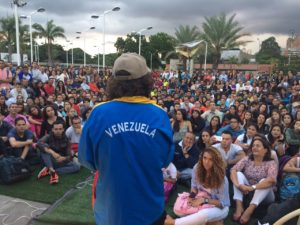 Pasión por Nuestro País llevó a cabo conversatorio con el cicloturista Tabaré <br> Alonso