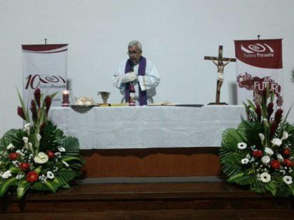 Futuro Presente celebró eucaristía por su décimo aniversario