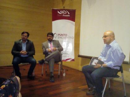 """Asdrúbal Oliveros y Julio César Cubas conversaron acerca de """"La crisis de los <br>servicios públicos y su efecto sobre la economía venezolana"""""""