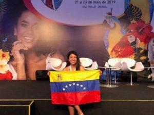 Victoria Duarte, egresada de la sexta cohorte de Lidera, dijo presente en el <br>COLAMIQC